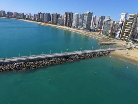 Vista aérea da orla de Fortaleza