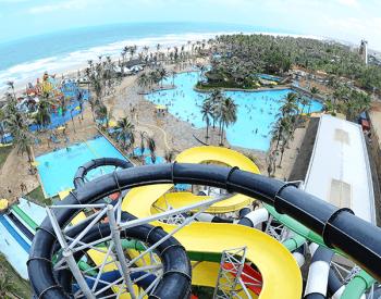 Vista aérea das piscinas no Beach Park
