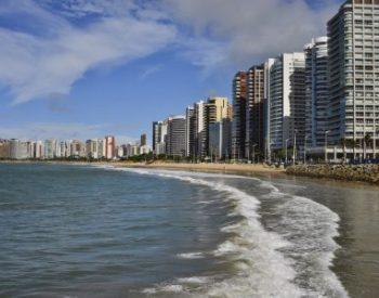 Beira Mar de Fortaleza e seus belos edifícios