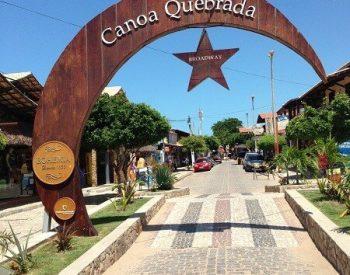 Entrada da Broadway em Canoa Quebrada