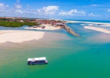 Vista aérea da bela praia de Barra Nova