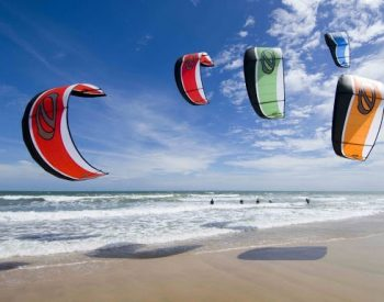 Kite Surf na praia do Cumbuco
